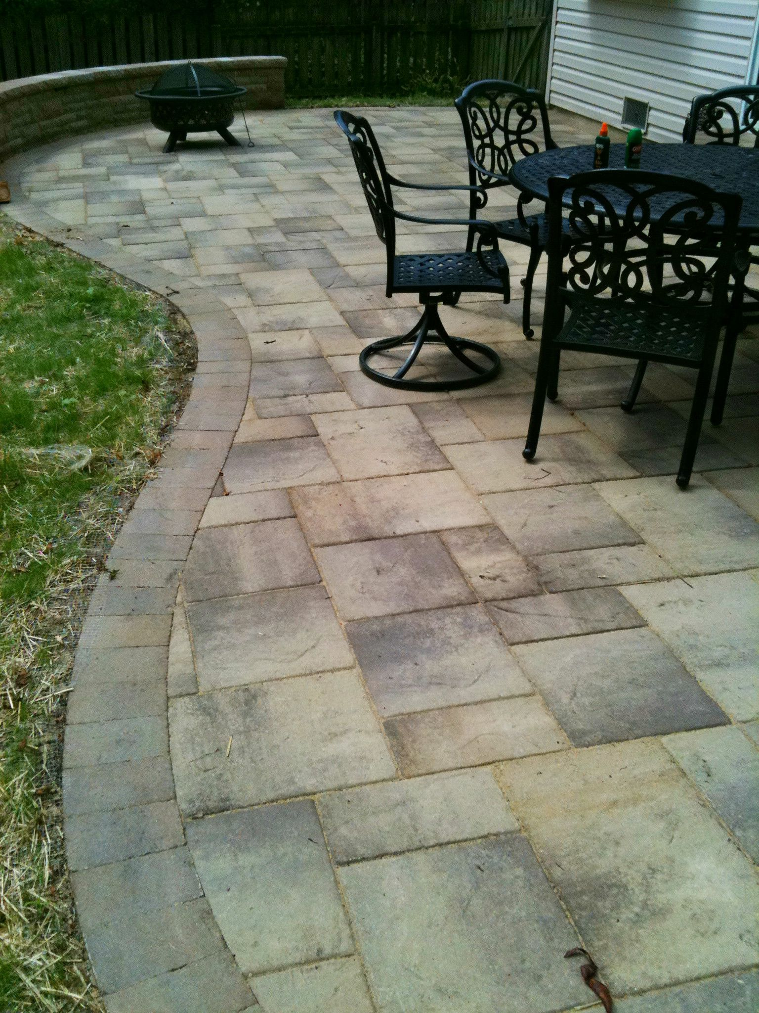 Curved Patio Design by Wheaton, IL Patio Builder - Design ... on Curved Patio Ideas id=56297