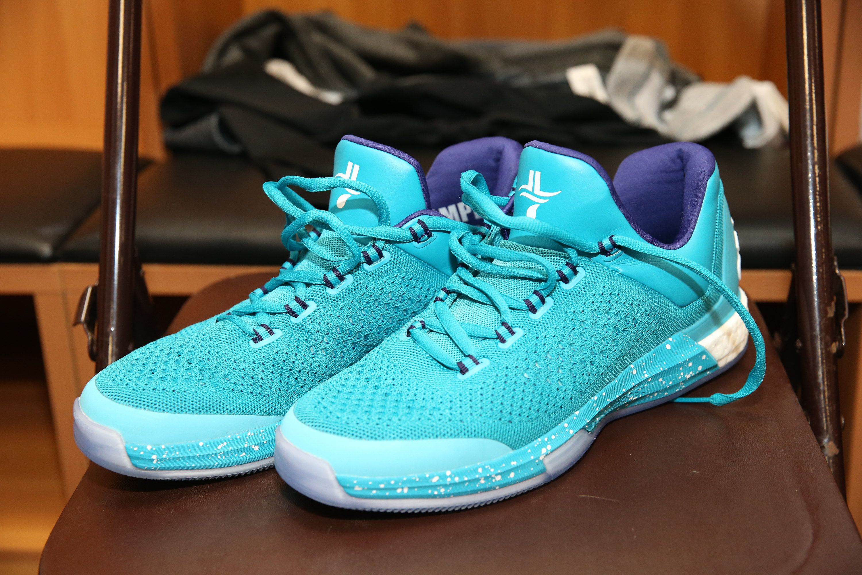 b317f6e72dc3 Jeremy Lin s  NBAKicks Charlotte Hornets colorway for 2015  NBAGlobalGames  in China