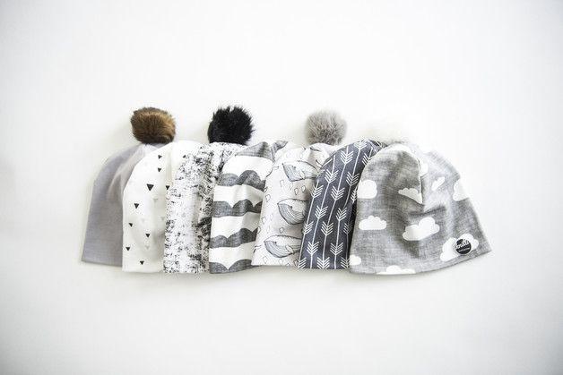 Mützen - Bio Beanie Mütze für Babies ● grau mit Wolken - ein Designerstück von Knitti-Wollsachen bei DaWanda