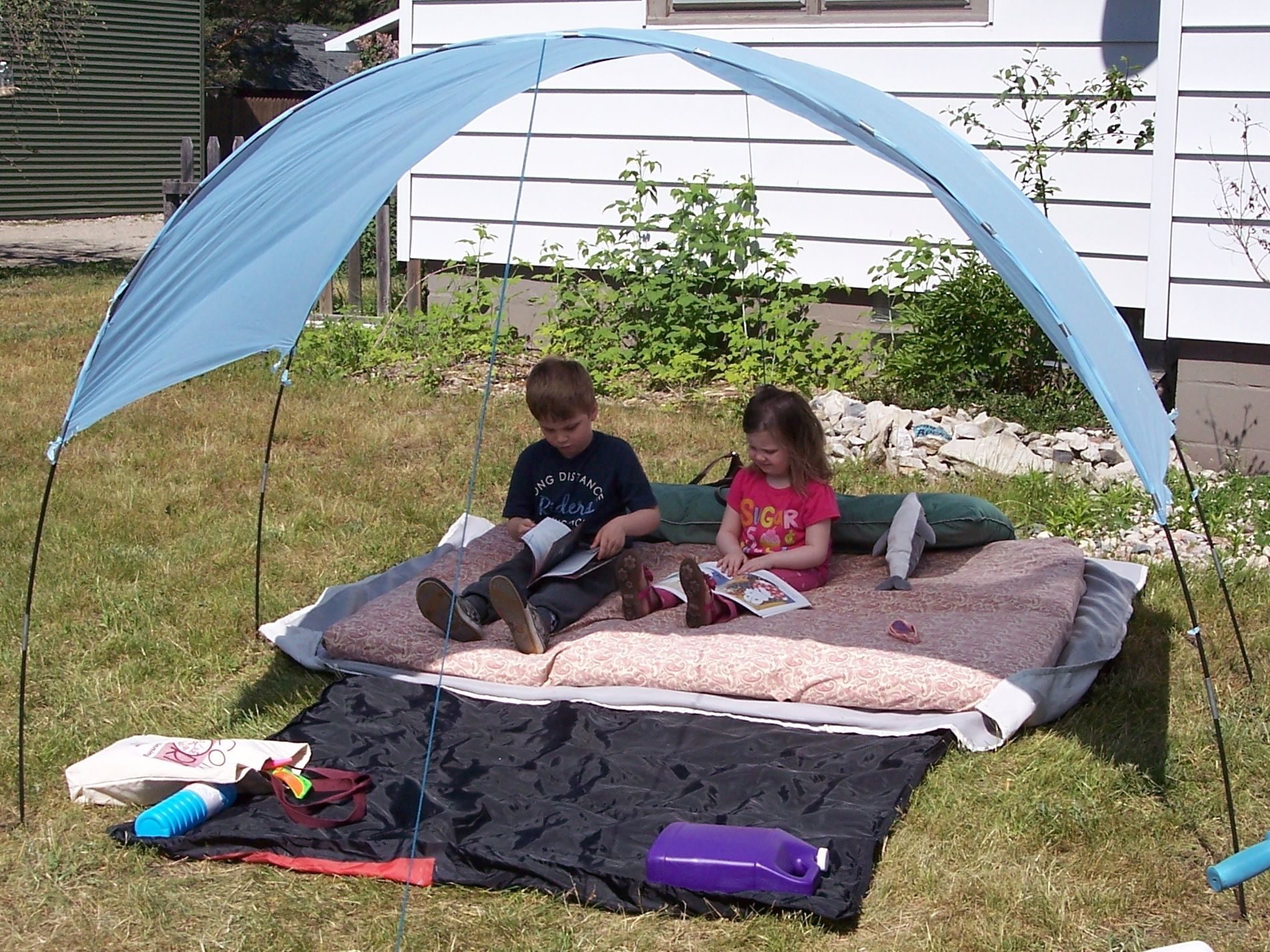 Diy Shade Tent For My Kids Dollar Table Cloth