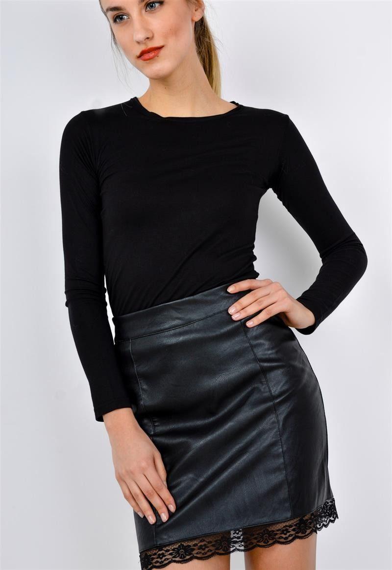 0fbf627bdce363 Mini spódniczka z eko skóry z koronką na dole, Ona Odzież Spódnice i  spódniczki | Sukienki.shop