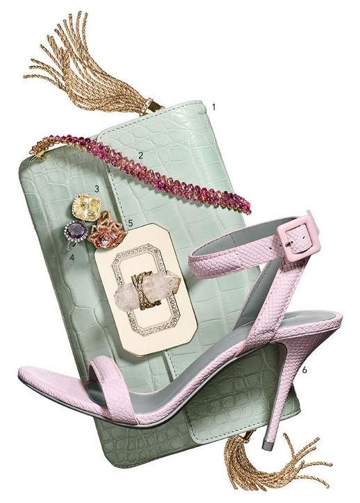 Pastel #wedding accessories for brides who want just a little bit of color: http://glmr.me/1nQvlii  pic.twitter.com/V9mmcGwQZU