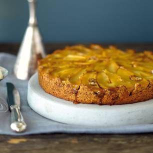 Obstkuchen mit frischen Früchten sind das Schönste am Sommer! Hier kommen unsere besten Rezepte für Obstkuchen - mit Kirschen, Aprikosen, Beeren, Pflaumen ..