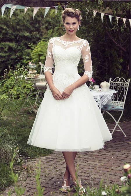 Simple Elegant Short Wedding Dress Scoop Half Sleeves A Line Lace Appliques Illusion Wedding Dress Organza Tea Length Wedding Dress Vintage Tulle Wedding Dress