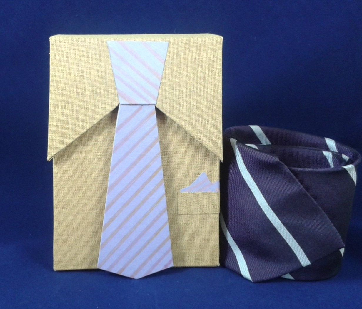 Photo of Cardboard box, Box Gift for man's present, Boîte en carton, …