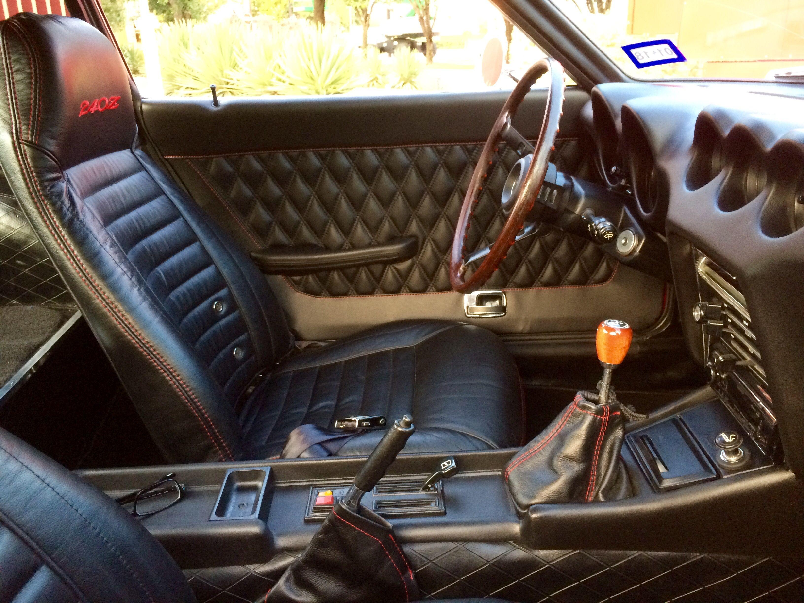 That Diamond Stitch Door Panel Tho Datsun 240z Nissan Z Cars Retro Cars