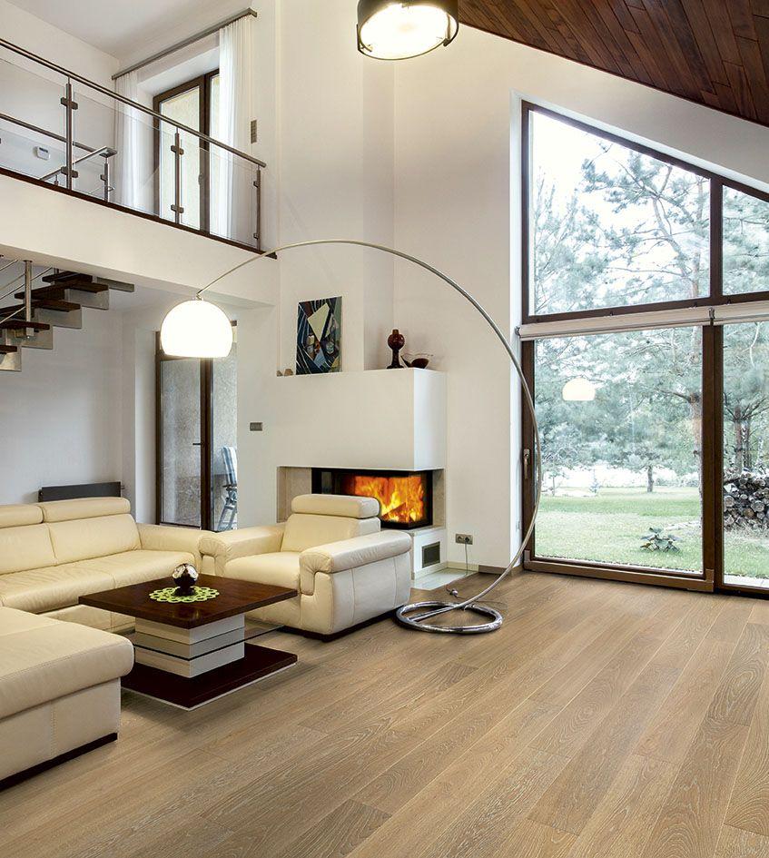 Ein Gemtliches Wohnzimmer Mit Echtholzboden Parkett Als Landhausdiele Im