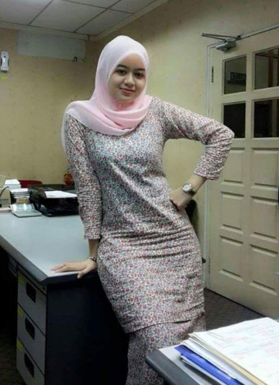 Pin by علي العليي on Beautiful malay girl | Muslim fashion ...