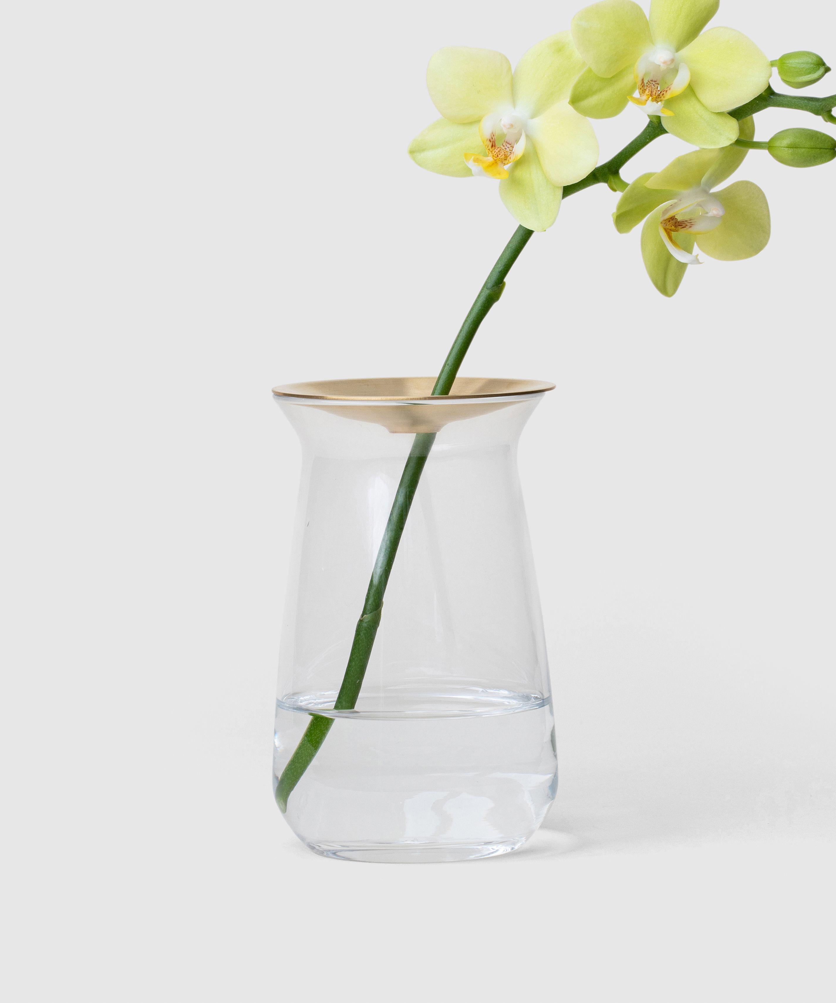 Small Joyful Flower Vase In 2020 Flower Vases Vase Small Vase