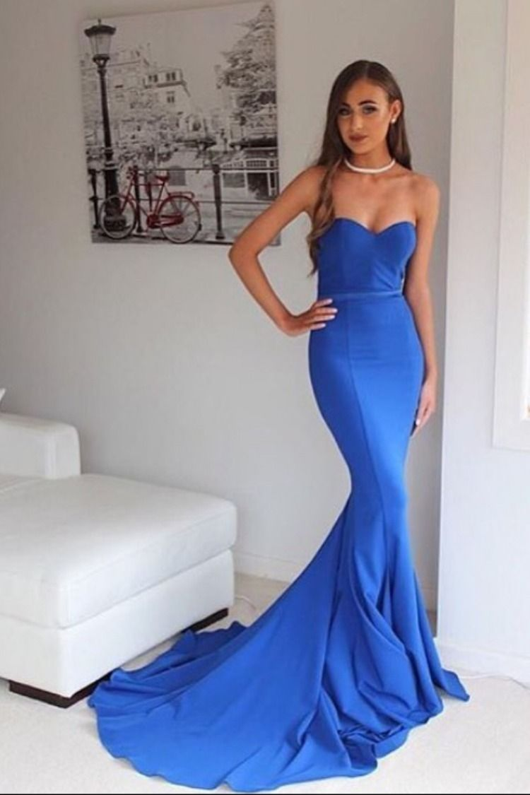 sweeping electric blue gown - 750×1125