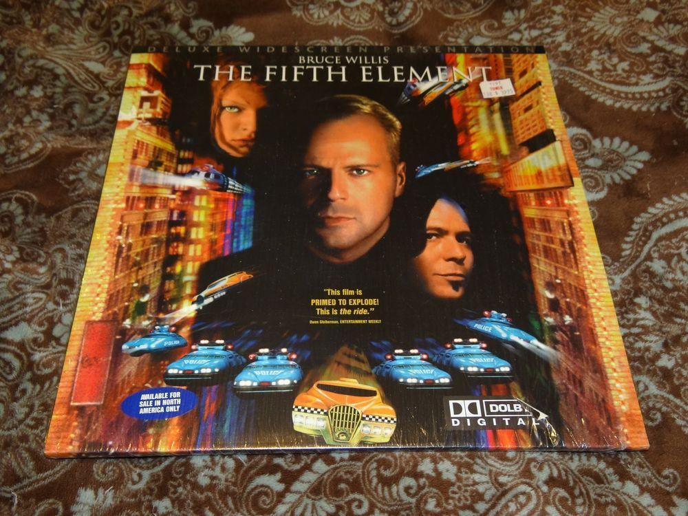 The Fifth Element (LaserDisc 1995, CLV/CAV 2-Disc Set) OOP WS Pioneer in Shrink!