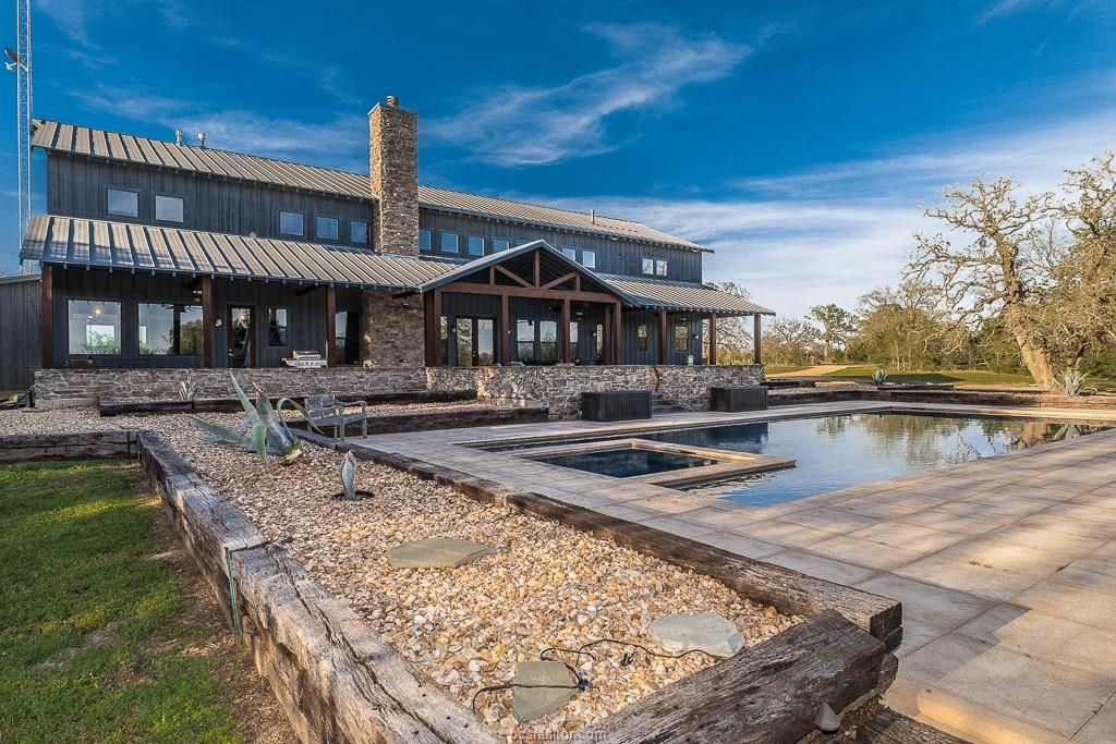 9360 County Road 446, Snook, TX 77878: Photo #barndominiumideas