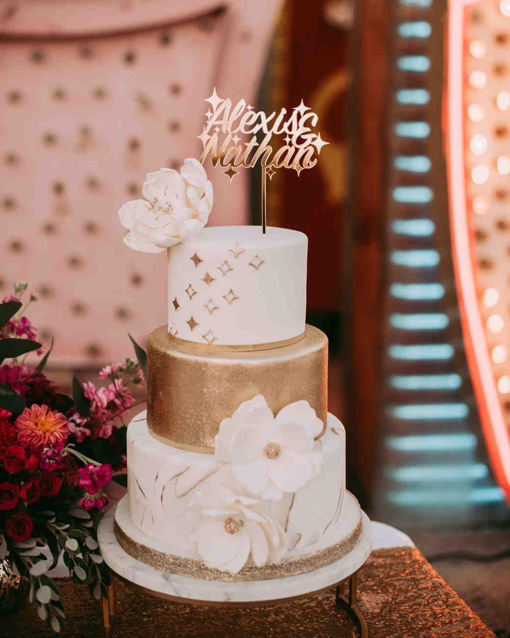 36 Of The Best Wedding Cake Toppers Groom Wedding Cakes Floral Wedding Cakes Wedding Cake Toppers