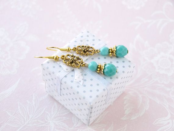 Hey, I found this really awesome Etsy listing at https://www.etsy.com/no-en/listing/253512852/mint-earring-dangle-earring-glass