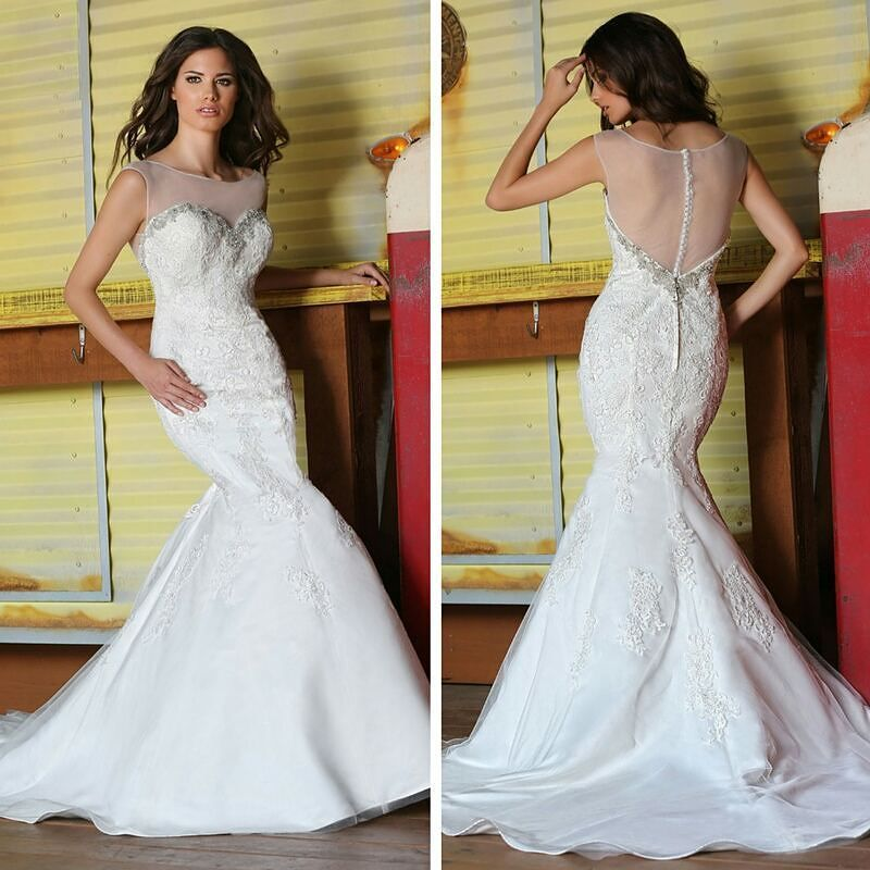 Looking for a #showstopping #Wedding #dress? Look no further! Style ...