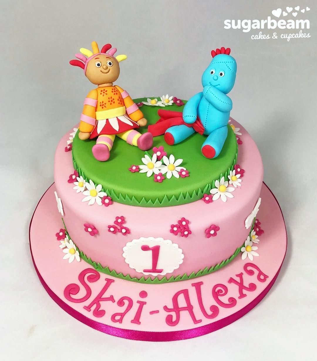 Pin By Chloe Haldron On Cake Cake Farm Cake First Birthday Cakes