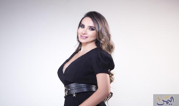 المؤتمر الدولي للطفولة والعطاء يستضيف اللبنانية داليا كريم Open Shoulder Tops Fashion Women S Top