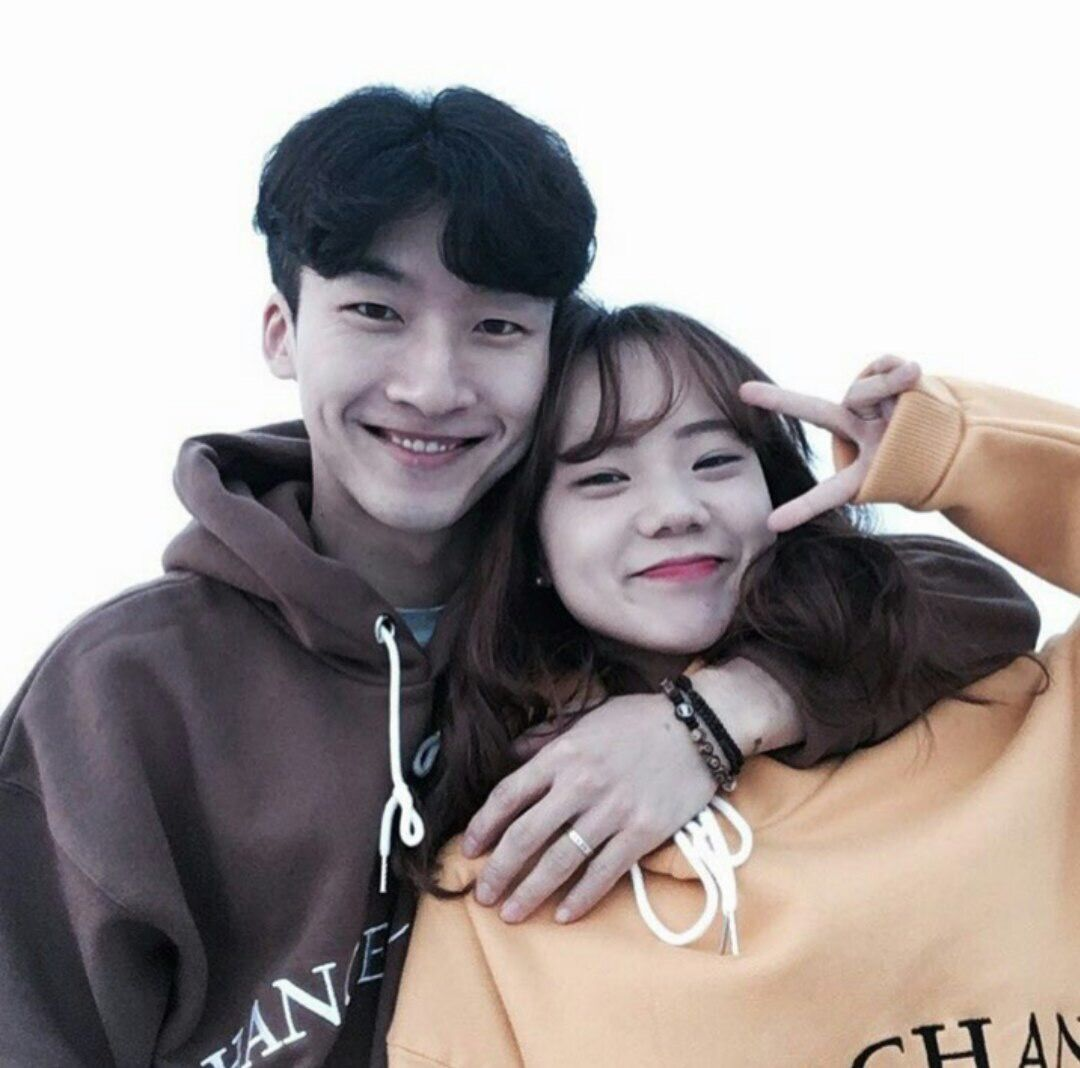 Ulzzang Couple, Ulzzang Girl, Swag Couples, Korean Couple, Perfect Couple,  Couple Photos, Couple Goals, Friends, Couple Pics