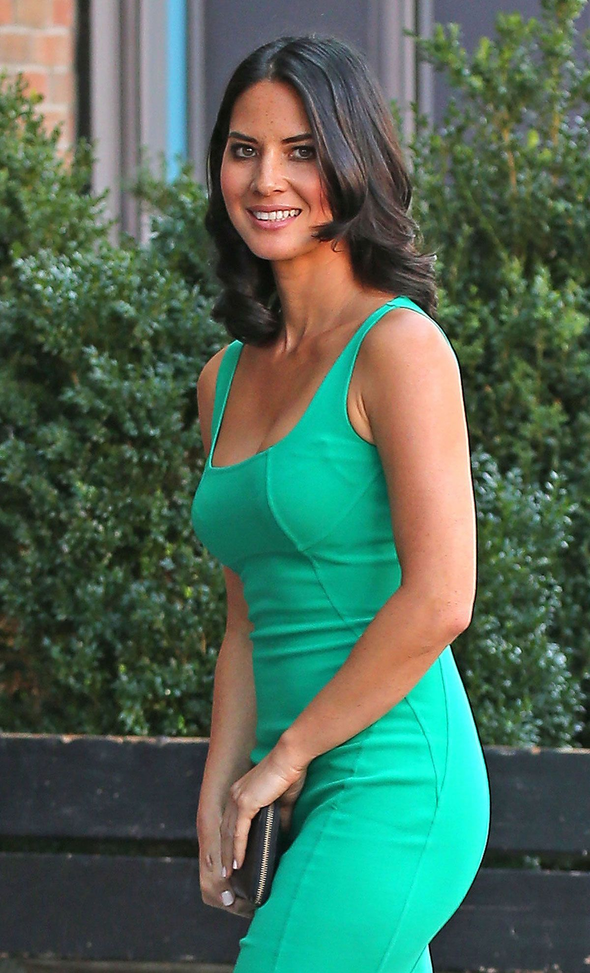 Olivia Munn Arriving At The Bowery Hotel | Olivia munn and Celebs