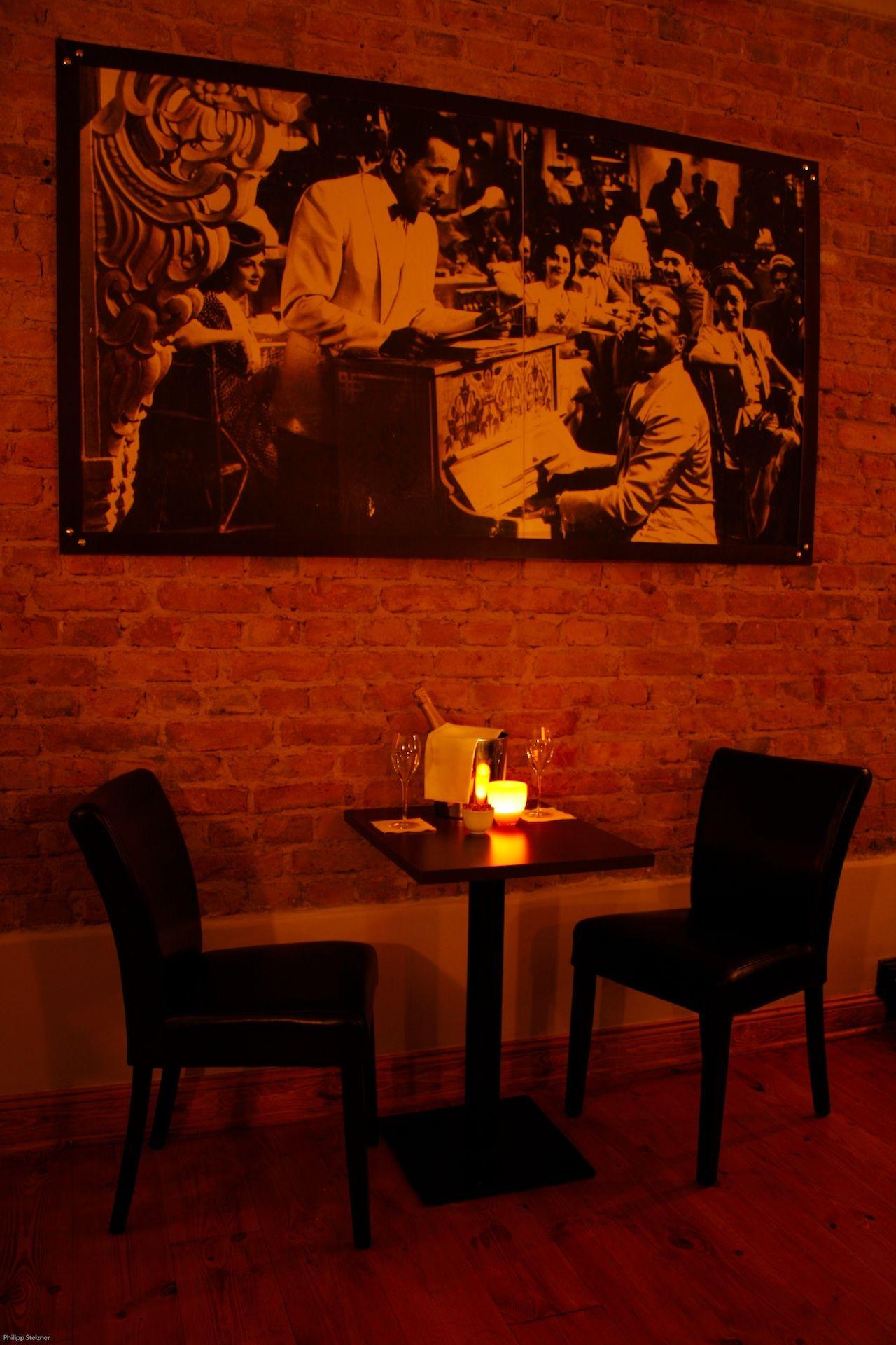 Stilvoll feiern im Galander | Gold Bar | Pinterest | Bar