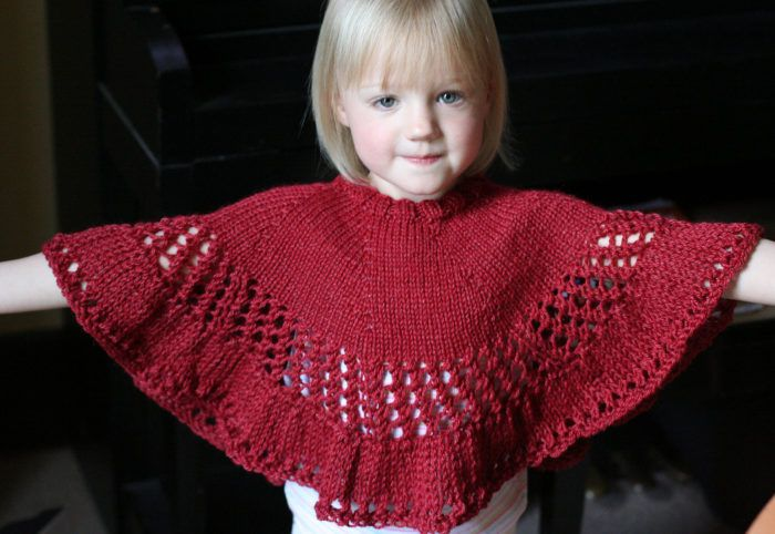 Free Knitting Pattern For Kiddie Capelet Kid Pinterest Capelet