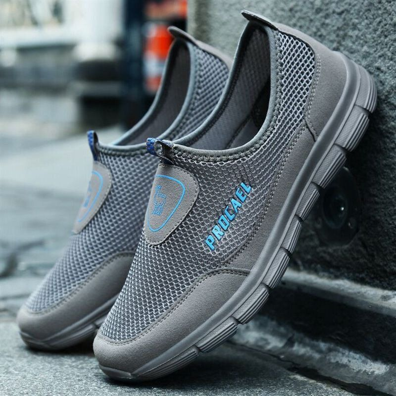 5583f43f9b78 Fashion Men Mesh Water Friendly Breathable Light Running Outdoor Sneakers -  NewChic