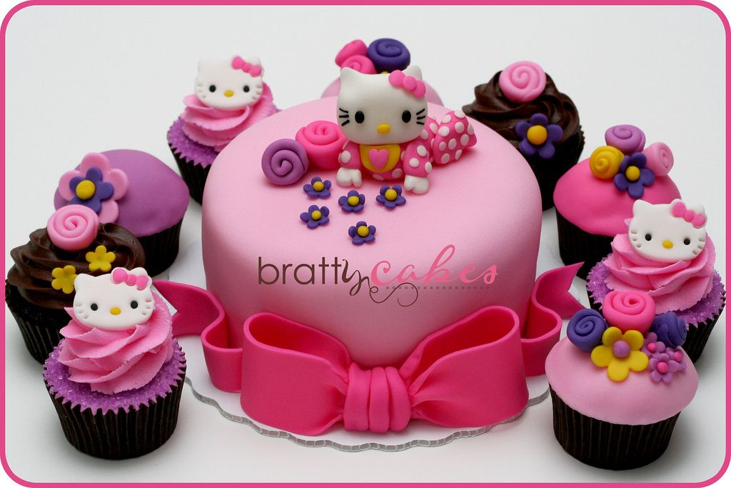 Hello Kitty Baby Shower Hello kitty baby Cake and Hello kitty cake