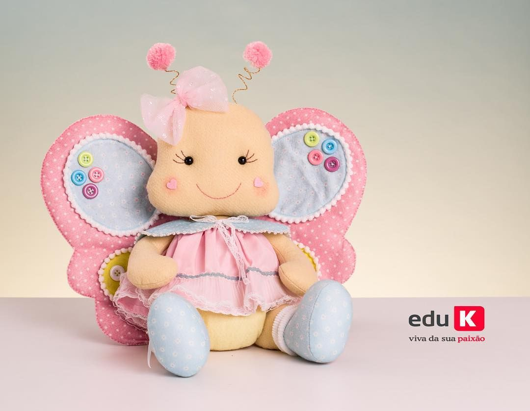 6c0087b42  Borboletinha tão fofinha   Curso Feltro Festa no Jardim  Quer aprender a  confeccionar essa fofura de borboleta  Eu te ensino! O curso será…