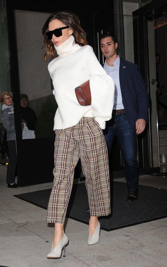 Photo of 28 dei migliori abiti di Victoria Beckham – WOAHSTYLE