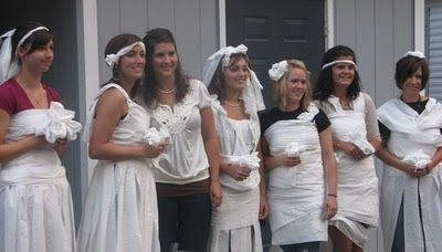 fun wedding shower game making bridal gowns out of toilet paper