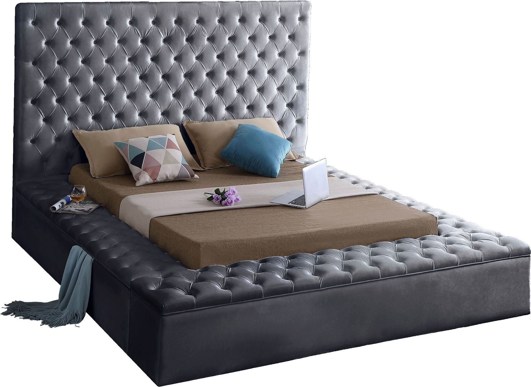 Bliss Gray Full Size Bed in 2020 Velvet upholstered bed