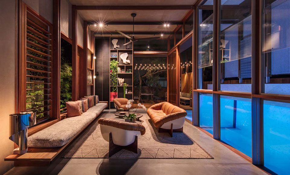 Dit droomhuis heeft een zwembad in de woonkamer life pinterest