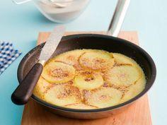 Apfel-Pfannkuchen mit Zimt-Zucker ist ein Rezept mit frischen Zutaten aus der Kategorie Pfannkuchen. Probieren Sie dieses und weitere Rezepte von EAT SMARTER!