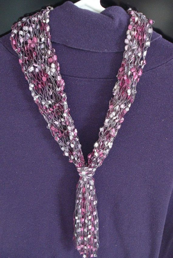 Necklace Scarf Knit Of Airy Ladder Type Yarn In Spring