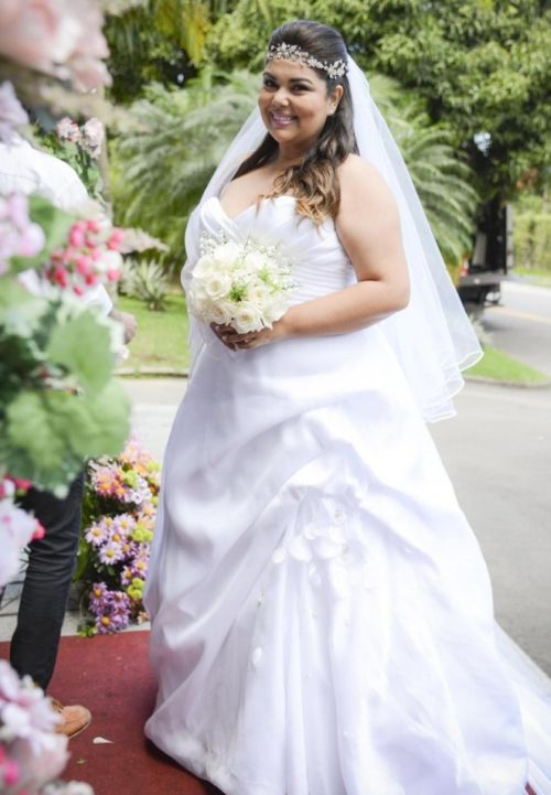 vestido de noiva de luxo tomara que caia - Pesquisa Google