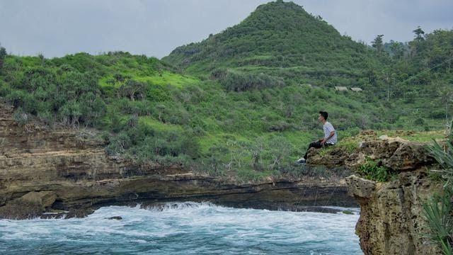 Terkeren 30 Pemandangan Alam Jogja 9 Wisata Pantai Jogja Dengan Pemandangan Alam Unik Dan Indah Download 20 Tempat Wisata Romantis Di 2020 Pemandangan Alam Pantai