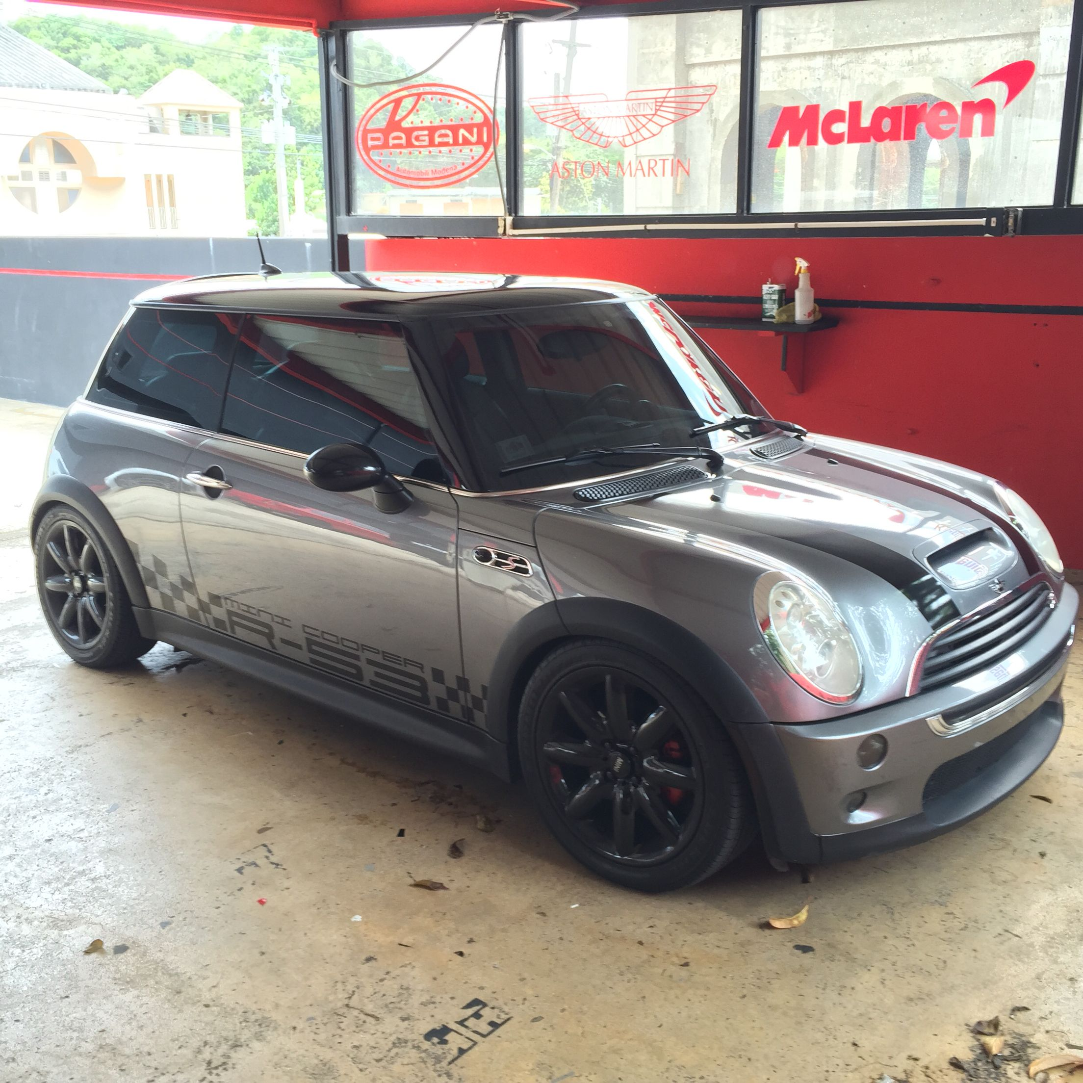 Mini Cooper R 53 Checkers