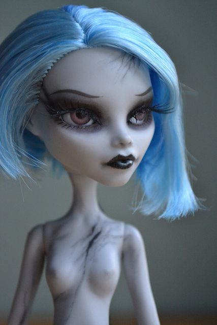Glass eye monster high mod ghoulia monster high customs glass eye monster high mod ghoulia winobraniefo Image collections