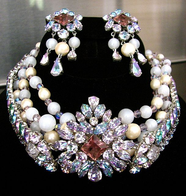 1b78a313e99e8b vintage christian dior jewelry | Vintage Signed Christian Dior 1960  Magnificent Demi Parure with from .