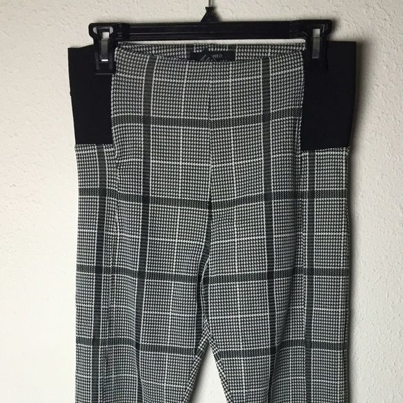 Houndstooth leggings New! Leggings from forever 21 Forever 21 Other