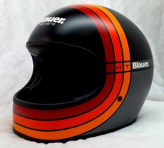 blauer helmets the 80 39 s casques pinterest moto casque et casques. Black Bedroom Furniture Sets. Home Design Ideas