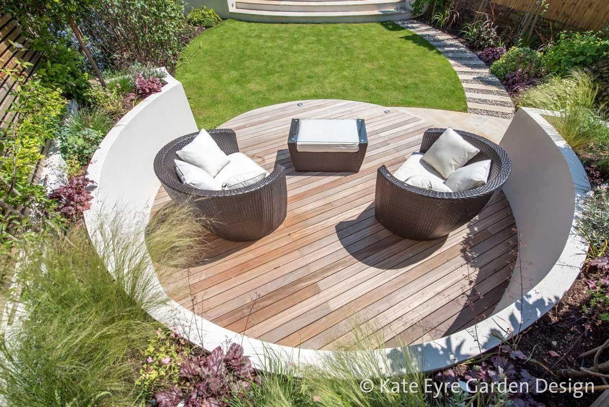 Medium-sized back garden design in Wandsworth, 6   Back ... on Modern Back Garden Ideas id=76055
