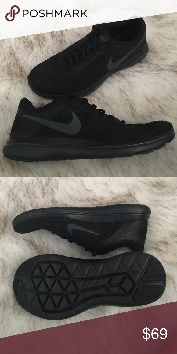 nikes, Nike flex run, Flex running shoes