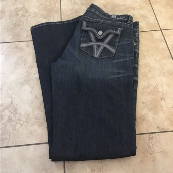 KUt from the cloth bootcut jeans. Size 12 Perrier condition. Super cute! Kut from the cloth  Jeans Boot Cut
