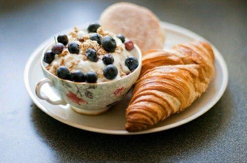Image via We Heart It #blueberry #breakfast #croissant #delicious #delight #food #fruit