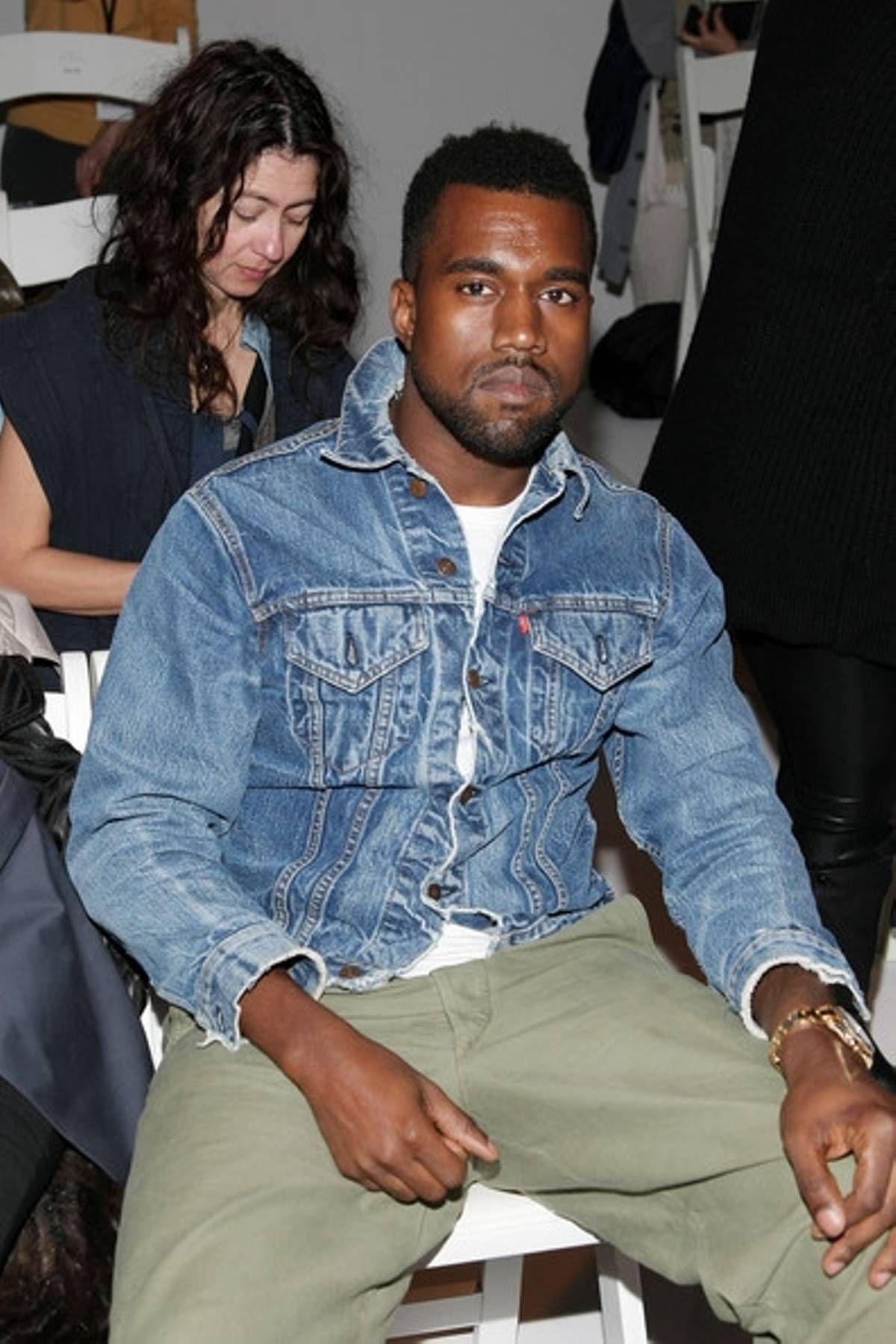 Levi S Kanye West Style Levis Denim Jacket Size M 60 Kanye West Style Kanye West Style Outfits Levi Denim Jacket