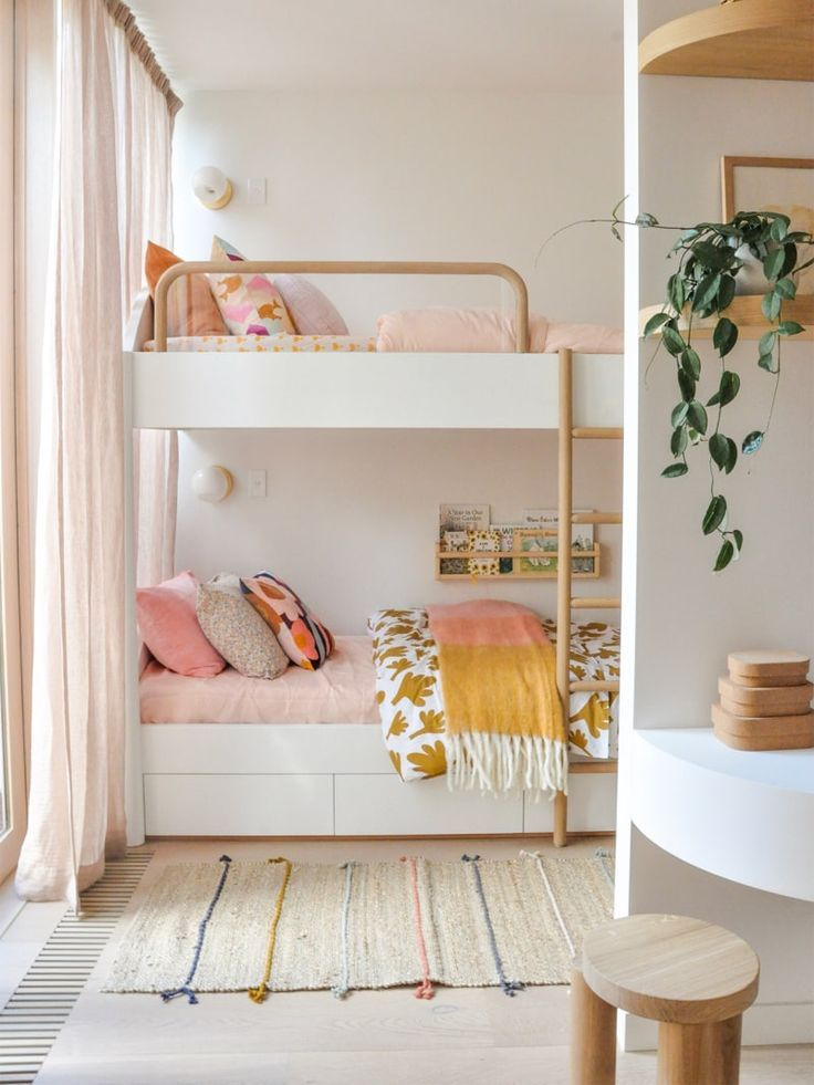 8 Bunk Bed Ideas, Because Your Kids' Nursery Deserves Better | Comfy bedroom, Girls bunk beds, Aweso