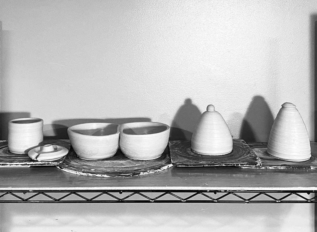 Best MDW Pottery Session . . . . . . . . . . #pottery #ceramics #handmade #clay #art #ceramic #stoneware #ceramicart #instapottery #homedecor #wheelthrown #design #potterylove #pottersofinstagram #glaze #handmadepottery #potter #artist #handmadeceramics #craft #potterystudio #potterylife #ceramicartist