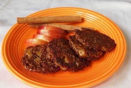 Gallette di quinoa, mela e cannella