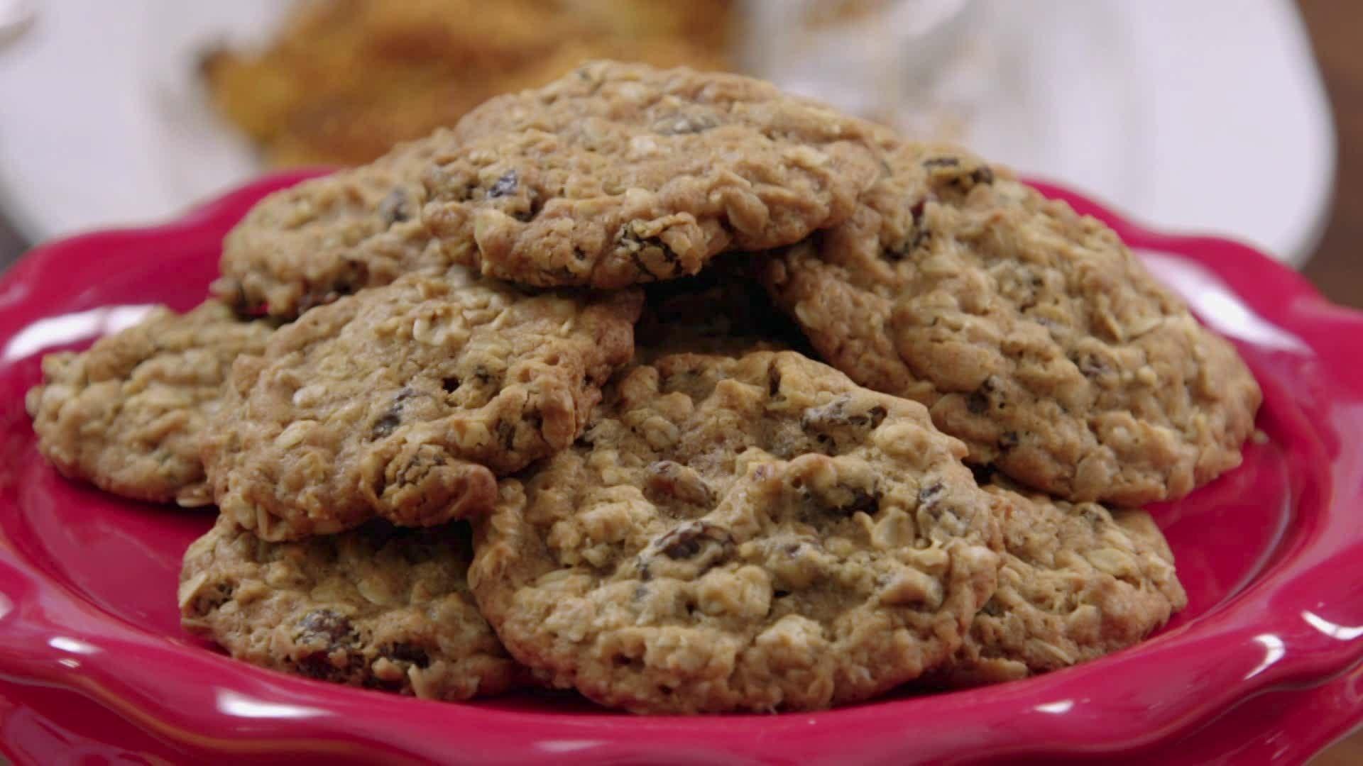 Chewy Schmaltz Oatmeal Raisin Cookies Recipe Raisin Cookies Raisin Cookie Recipe Oatmeal Raisin